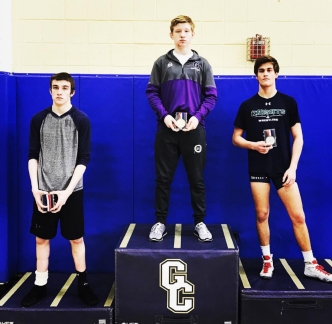 wrestling-thacker-wcac-champ-2017